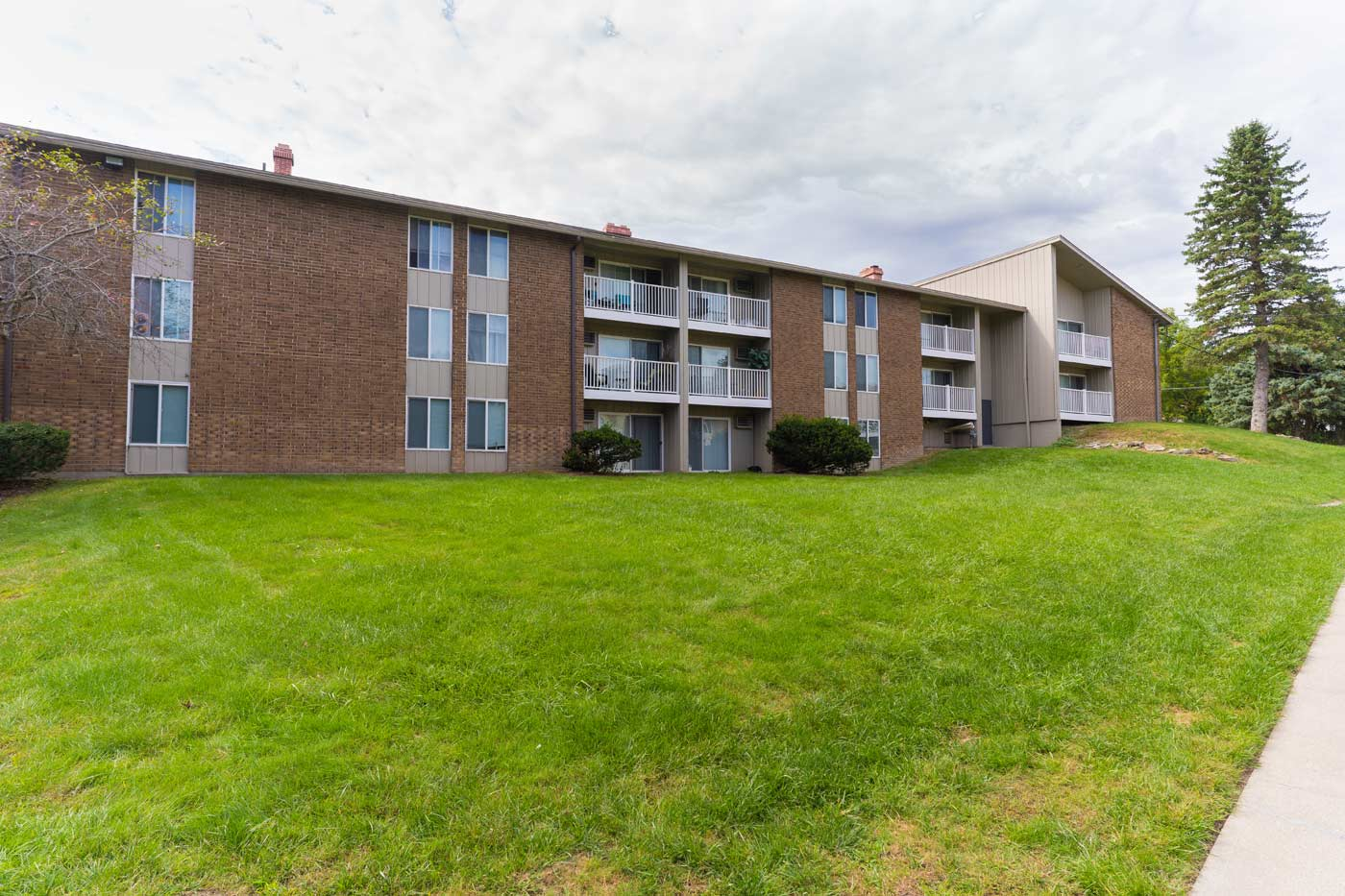Woodhaven Apartments Additional Information